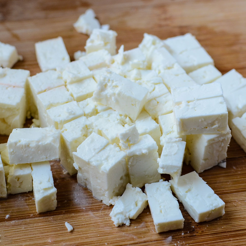 Cubes of white cheese as a goat's cheese substitutes
