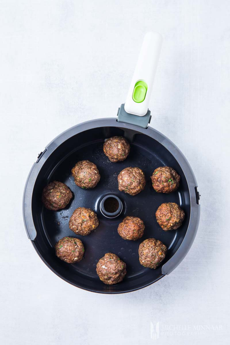Browned meatballs in the air fryer